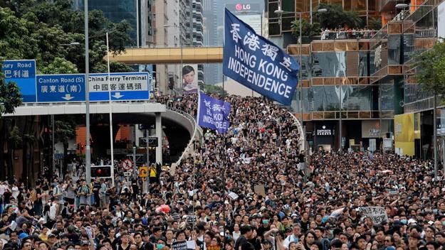 Represión en Hong Kong: ¿hacer negocios con China igual? Los PR dicen no, HSBC, sí